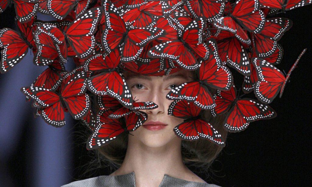 McQueen-butterfly-headdre-009