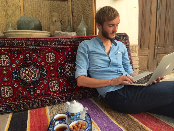 Backpacking_Iran_Internet